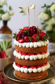 Hochzeitstorte Mit Erdbeeren Und Limetten Sponge Cake Mit Erdbeeren Rhabarber