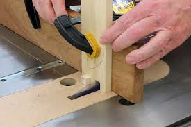 making box joints table saw jig woodworking