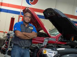 Automotive & Diesel Technical School - Orlando, FL | UTI Diesel Technician Traing Program Uti Technology School Oklahoma Technical College Tulsa Ok Automotive Dallas Tx Mechanics Job Titleoverviewvaultcom Rebuilding A Wrecked F150 Bent Frame Page 4 Ford Truck Bus Mechanic Tipsschool Fleet Prentive Real Workshop Android Apps On Google Play Arlington Auto Repair Dans And Schools Melbourne Businses