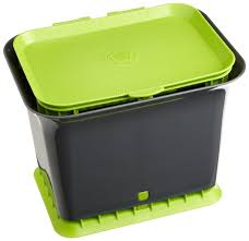 Trash Cans Bed Bath Beyond by The Functional Kitchen Compost Container For Your Kitchen