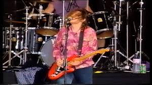 Smashing Pumpkins Drummer 2014 by Smashing Pumpkins Reading 1992 Live Youtube