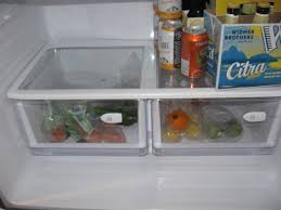 Samsung Refrigerator Leaking Water On Floor by Samsung Refrigerator Service And Fix Water Pooling Below Crisper