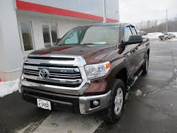 100 4wd Truck 2016 Toyota Tundra 4WD SR5 Houlton ME 27535577
