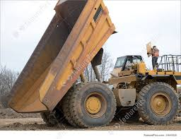 100 Large Dump Trucks Dump Truck With Mechanic On Top