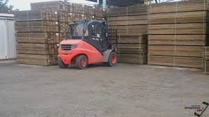 Linde Forklift 5T Diesel With Container Mast In Gr - YouTube Linde Forklift Trucks Production And Work Youtube Series 392 0h25 Material Handling M Sdn Bhd Filelinde H60 Gabelstaplerjpg Wikimedia Commons Forking Out On Lift Stackers Traing Buy New Forklifts At Kensar We Sell Brand Baoli Electric Forklift Trucks From Wzek Widowy H80d 396 2010 For Sale Poland Bd 2006 H50d 11000 Lb Capacity Truck Pneumatic On Sale In Chicago Fork Spare Parts Repair 2012 Full Repair Hire Series 8923 R25f Reach