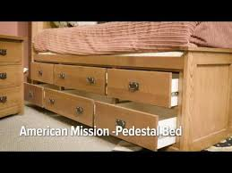 American Mission II Pedestal Bed