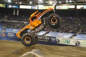 100 Monster Trucks Videos 2013 El Toro Loco Jam