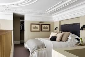 Small Grey Bedroom with En Suite