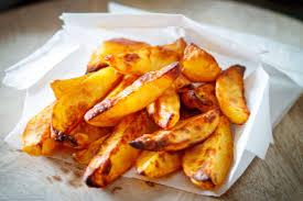 knusprige ofenkartoffeln die wedges form