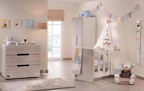 deco chambre bebe déco chambre bébé le voilage et le ciel de lit magiques design
