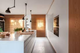 cuisine bois blanchi design interieur cuisine bois blanc appareils éléctriques
