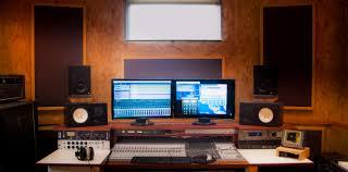 100 Studio Son 635 Mobile Recording Studio In Finistere