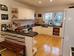 küche u form landhausstil induktion kochfeld geschirrspüler