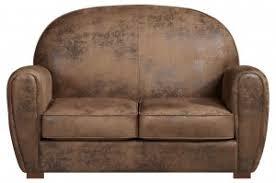 nettoyer canape cuir comment entretenir et nettoyer un salon en cuir les tâches n ont