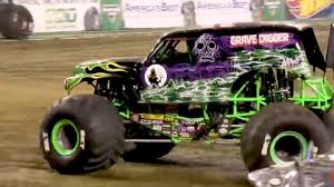 100 Monster Trucks Nashville Grave Digger 2018 Jam FULL FREESTYLE YouTube