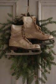 Primitive Decorating Ideas For Christmas by 319 Best Primitive Christmas Decoration Images On Pinterest