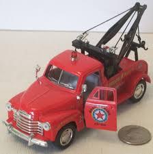 Kinsmart Chevrolet Red Tow Truck 5.5
