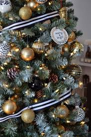 7ft Pencil Christmas Tree Michaels by Best 25 Christmas Tree Ribbon Ideas On Pinterest Christmas Tree