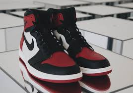bred si e social locker reveals air 1 bred toe is a mega gr related