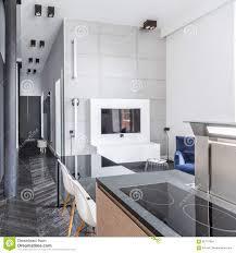 küche offen zum wohnzimmer stockfoto bild kocher 85717854