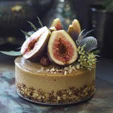 Fig Hazelnut Caramel Cake Cr