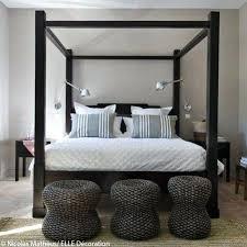 chambre avec lit noir chambre lit baldaquin idee deco n 5 une chambre avec un lit