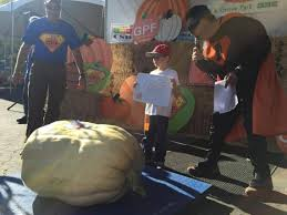 Largest Pumpkin Ever Grown 2015 by 1 806 Pounder Takes Grand Prize At Elk Grove Giant Pumpkin