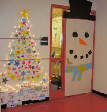 Funny Christmas Office Door Decorating Ideas by Christmas Here Is Our Classroom Door And Area Decorated For The