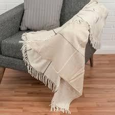plaids canapé plaid ou jeté de canapé carson beige à franges 130 x 170 cm achat
