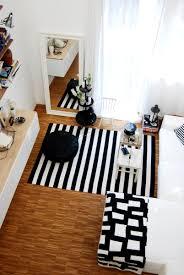 wohnzimmer in schwarz weiß leelah