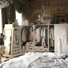 aménager de petits espaces petits espaces aménager un dressing dans une chambre
