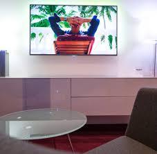 großer fernseher 55 bis 88 zoll tvs die für kino stimmung