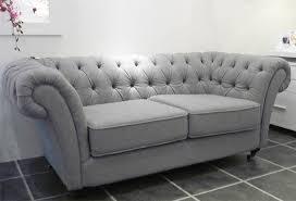 comment nettoyer canapé en tissu bien nettoyer un canapé en tissu avec du bicarbonate