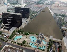 Luxor Casino Front Desk by The Luxor Hotel Stayed There For An Aacrao Been There Done That