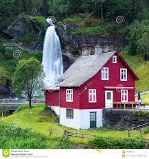 100 Water Fall House Red Near Steinsdalsfossen Fall Stock Image