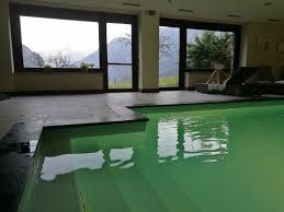 et cuisine vista dalla piscina spa picture of maison tissiere hotel et