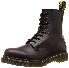 amazon com dr martens boots men u0027s 6 inch airware work boots