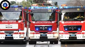 Fire Engines Responding Compilation - YouTube Fire Trucks Responding Helicopters And Emergency Vehicles On Scene Trucks Ambulances Responding Compilation Part 20 Youtube Q Horn Burnaby Engine 5 Montreal Fire Trucks Responding Pumper And Ladder Mfd Actions Gta Mod Dot Emergency Message Board Truck To Wildfire Fdny Rescue 1 Fire Truck Siren Air Horn Hd Grand Rapids 14 Department Pfd Ladder 9 Respond To 2 Car Wrecks Ambulance Rponses Fires Best Of 2013 Ten That Had Gone Way Too Webtruck Mystic In Mystic Connecticut