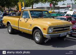 Full Size Pickup Truck Stock Photos & Full Size Pickup Truck Stock ... Is It Better To Lease Or Buy That Fullsize Pickup Truck Hulqcom 2017 Ford F450 Super Duty Trucks Design Test 2015 Vehicle Dependability Study Most Dependable Jd Power 5 Best Midsize Gear Patrol The 11 Expensive Lead Soaring Automotive Transaction Prices Truckscom 7 From Around The World American Pickups Top Us Sales In 2012 Motor Trend Cheapest Own For Mid Size Trucks Mersnproforumco Amazoncom Full Size Bed Organizer New Fseries Will Deliver Bestinclass