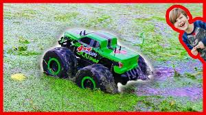 RC Monster Truck Really Rides On Water! - YouTube Rc Monster Truck Challenge 2016 World Finals Hlights Youtube Freestyle Trucks Axles Tramissions Team Associated Releases The New Qualifier Series Rival Monster Remote Control At Walmart Best Resource Bfootopenhouseiggkingmonstertruckrace6 Big Squid Traxxas Xmaxx Review Car And 2017 Summer Season Event 6 Finals November 5 Truck 15 Scale Brushless 8s Lipo Rc Car Video Of Car Madness 17 Promod Smt10 18 Scale Jam Grave Digger Playtime In Mud Bogging Unboxing The