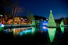 Christmas Tree Inn Pigeon Forge Tn by Dollywood Presents A Smoky Mountain Christmas