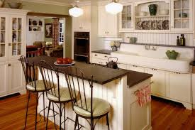 12 Cozy Cottage Kitchens
