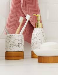 mimo by premier badezimmer set mit blasen print und bambus boden