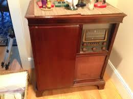Magnavox Record Player Cabinet Value by 1940s Magnavox Georgian 151b Radio 5anddiner