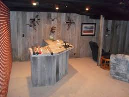 I Like The Three Sided Bar Outdoorsman Man Cave Design Idea Featuring Wooden