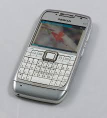 1200px Nokia E71 cellphone