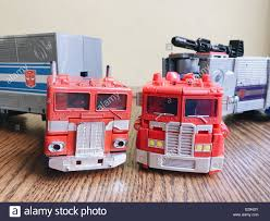 Optimus Prime Transformers Stock Photos & Optimus Prime Transformers ...