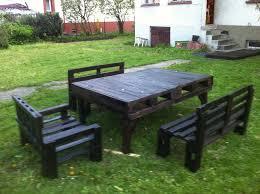 Pallet Patio Table Plans by Best 25 Pallet Garden Furniture Ideas On Pinterest Pallett