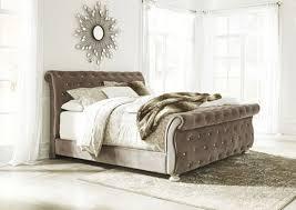 Furniture World Petal MS Cassimore Pearl Silver California King