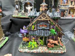Lemax Halloween Village Ebay by Lemax Spooky Town Creepy Crawlies Pet Sitting